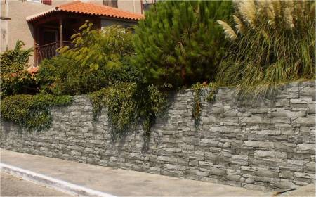 Exterior retaining walls looking more attractive when clad with stone