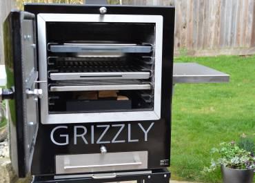 Internal grill shelves