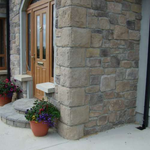 House porch stone cladding corner detailing