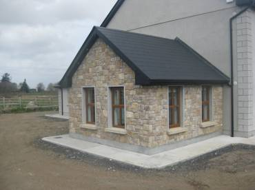 House extension using RoughCut cladding