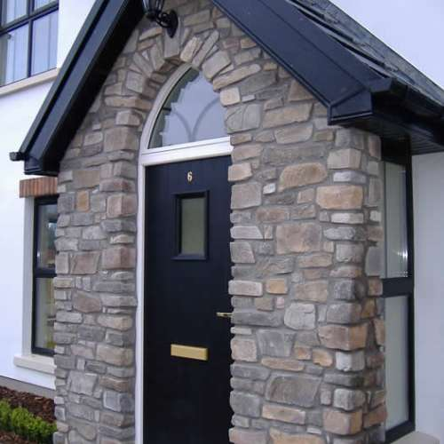 Front porch decorated with Fieldledge stone cladding