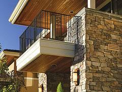Balcony and exterior walls Meseta