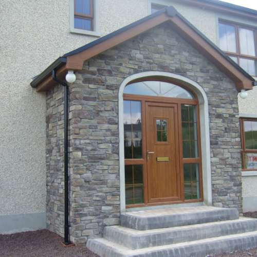 Front porch decorated with Cliffstone Manzanita