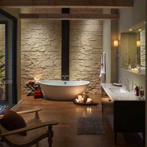 Wall cladding in bathroom with spotlights