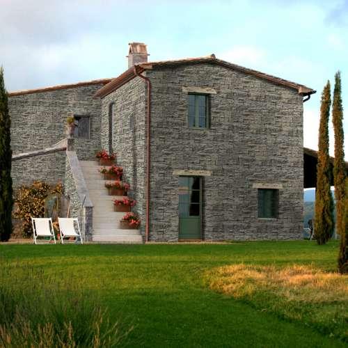 Building Exterior DecoStone Vivid range in Beige