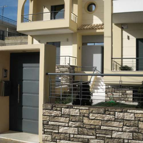 Feature Wall - External DecoStone Aragone range in Olive